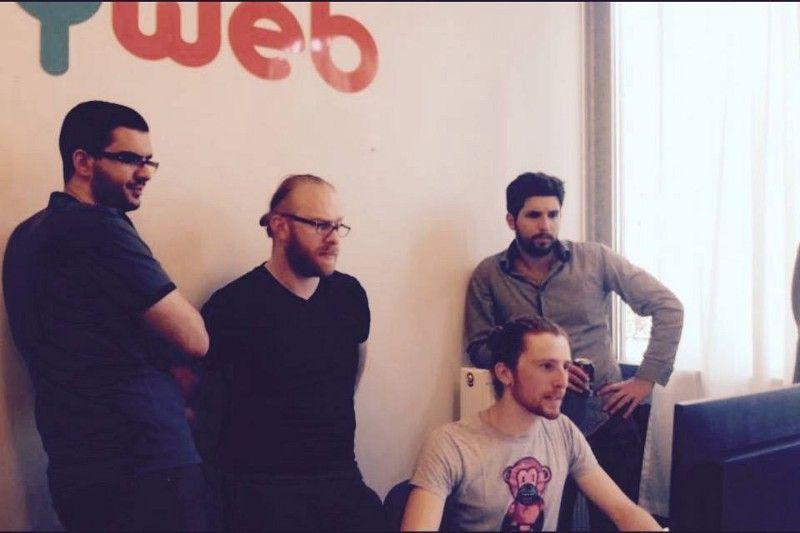 L'équipe Buddyweb échange sur un workflow avec d'autres développeurs